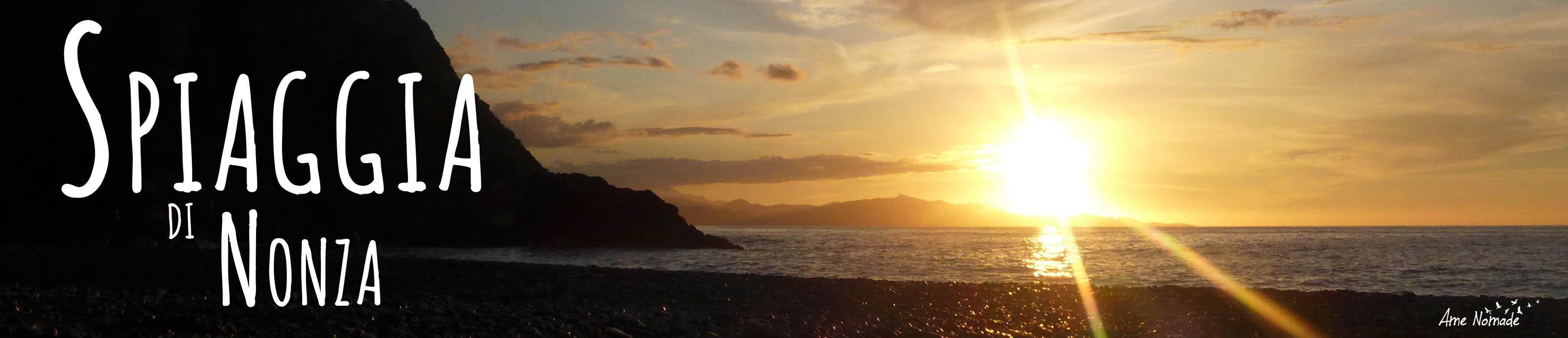 Escursione al tramonto del sole sulla spiaggia di Nonza nel Capo Corso
