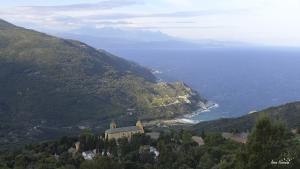 Jour 2. Vue sur les hameaux et la marine de Barrettali.
