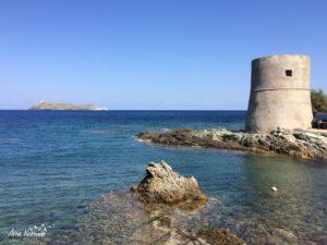 La tour de Tollare et la Giraglia à la pointe du Cap Corse