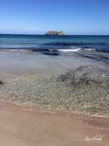 La Giraglia vue de la plage de Barcaggio sur le sentier des douaniers de la pointe du Cap Corse